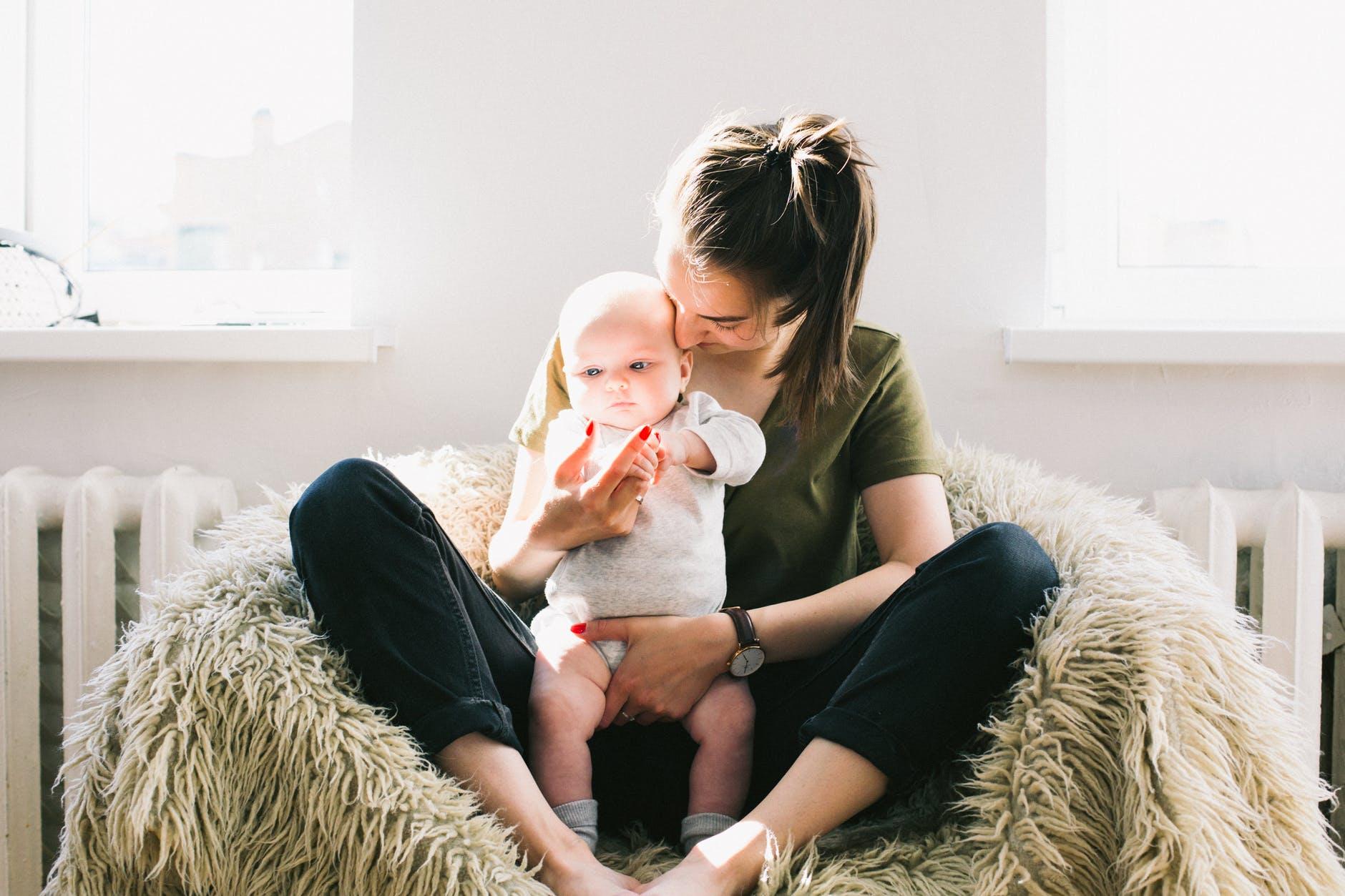 איך לרזות אחרי לידה