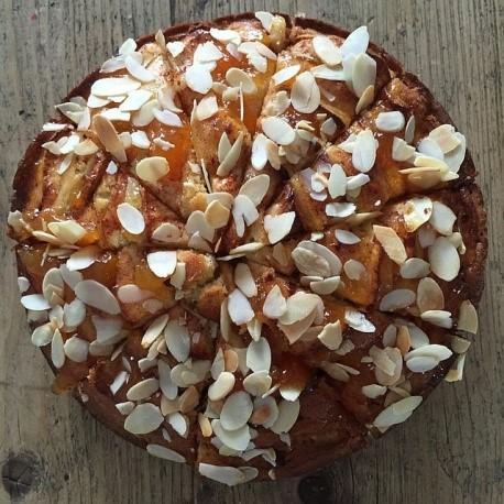 עוגת שקדים ותותיםללא סוכר וגלוטן